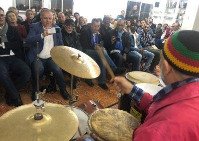 Armand El Maleh Lemal alias JAUK face au public, Les Doigts dans l'oreille de H2/61.26