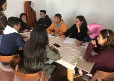 Les jeunes de Sbata (banlieue de Casablanca) en atelier « Périphérie au centre » de H2/61.26